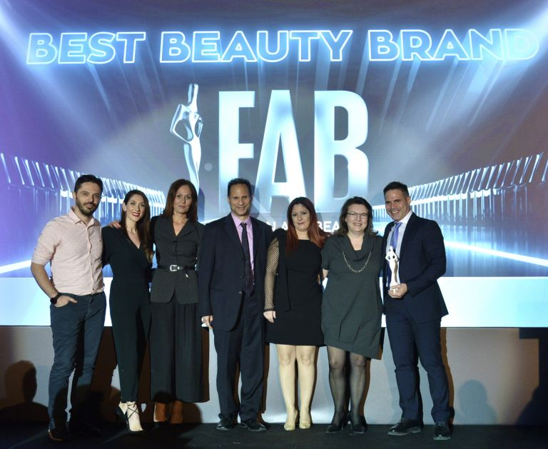 Τα DUST+CREAM και επίσημα το Best Beauty brand της χρονιάς! | vita.gr