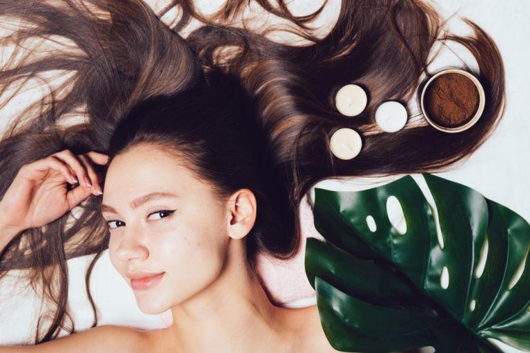 Hair scrub: Πώς θα κάνετε απολέπιση στο τριχωτό της κεφαλής | vita.gr