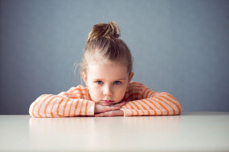 Πώς να στηρίξετε το παιδί άμεσα σε ένα τραυματικό γεγονός | vita.gr