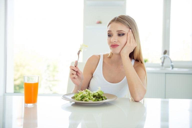 Πρέπει να σταματήσετε να καταναλώνετε συγκεκριμένες τροφές για να είστε υγιής; | vita.gr