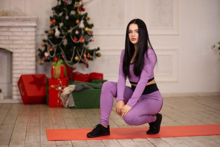 Η προπόνηση που θα σας βοηθήσει να χάσετε τα κιλά των γιορτών | vita.gr