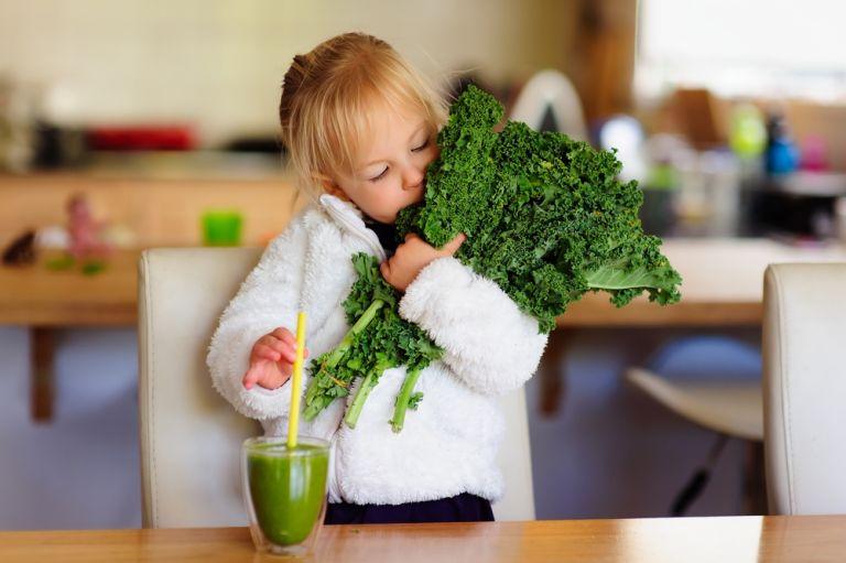 Μικρά μυστικά για τέλεια παιδικά smoothies | vita.gr