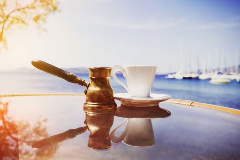 Ελληνικός καφές: Πέντε λόγοι να τον προτιμήσετε | vita.gr