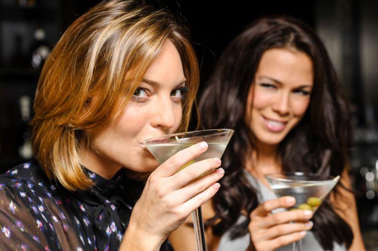 Ποια ποτά να προτιμήσετε όταν είστε σε δίαιτα | vita.gr
