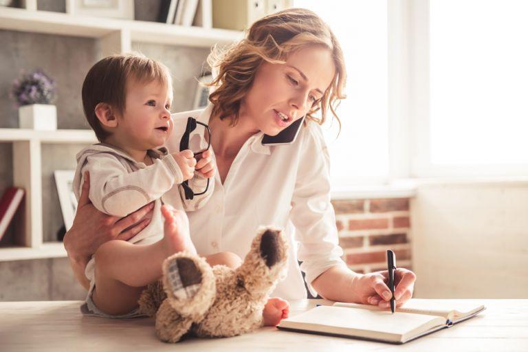 Πώς θα έχετε δικό σας χρόνο αν είστε απασχολημένη μαμά | vita.gr