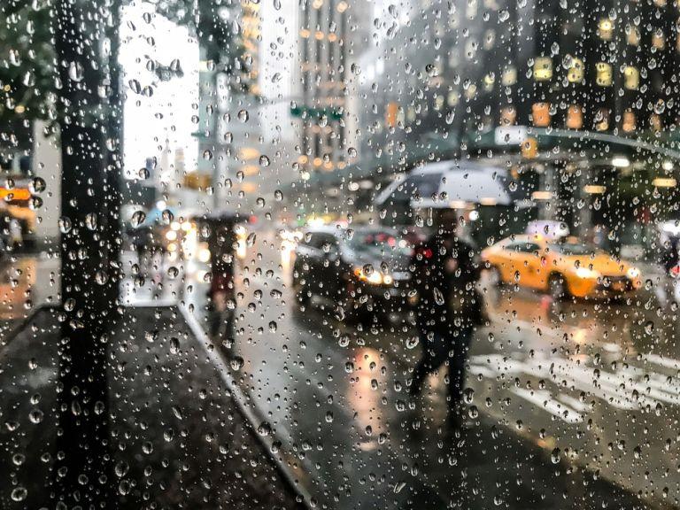 Βροχερό Σαββατοκύριακο | vita.gr