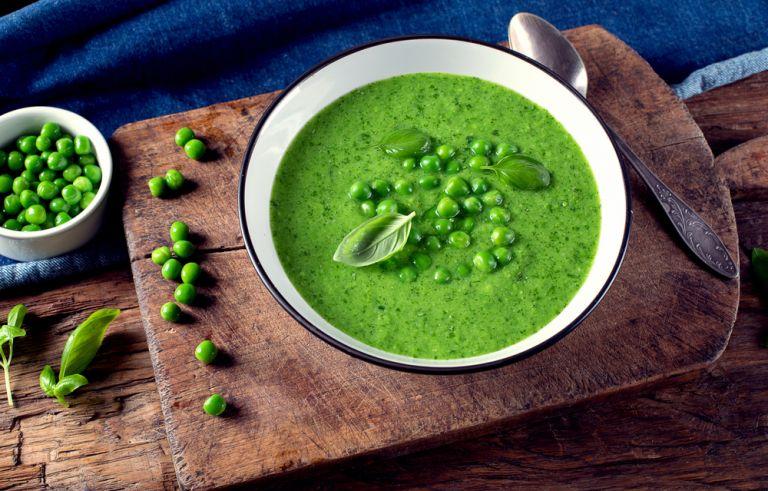 Κρύα σούπα με αρακά | vita.gr