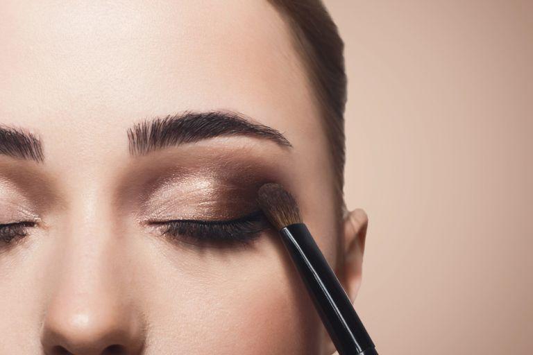 Το μακιγιάζ ματιών που κολακεύει όλες τις γυναίκες | vita.gr
