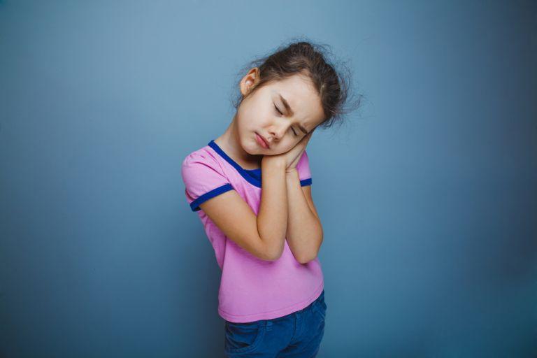 Είναι επικίνδυνο να ξυπνάω το παιδί που υπνοβατεί; | vita.gr