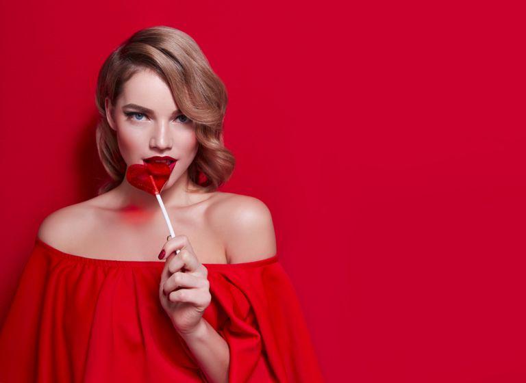 Τέσσερα ρομαντικά χτενίσματα για την ημέρα των ερωτευμένων | vita.gr