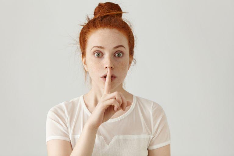 Τα κρυμμένα μυστικά λόγω ντροπής κάνουν κακό στον ψυχισμό μας | vita.gr