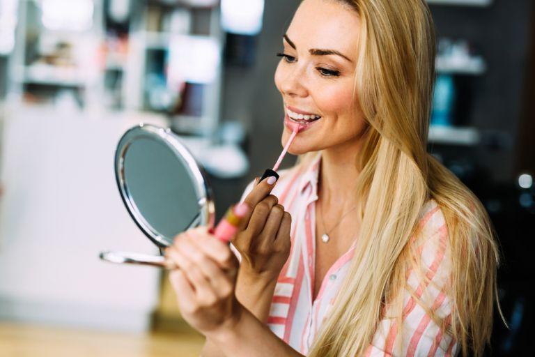 Πώς θα αναβαθμίσετε το καθημερινό μακιγιάζ σας | vita.gr