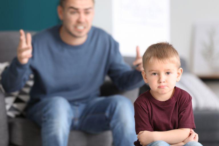Έτσι θα σταματήσετε να φωνάζετε στα παιδιά σας | vita.gr