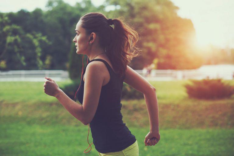 Πώς θα χάσετε βάρος με το τρέξιμο αν είστε αρχάριοι | vita.gr