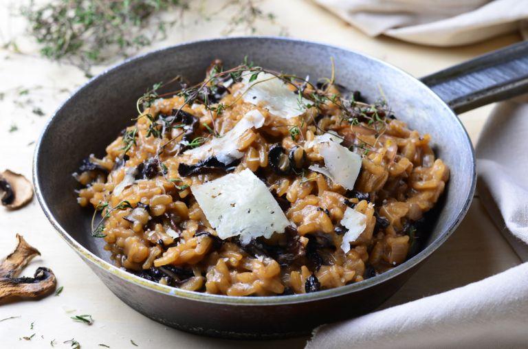 Ριζότο με μανιτάρια και παρμεζάνα | vita.gr