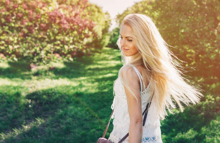 Οδηγός περιποίησης των βαμμένων μαλλιών | vita.gr