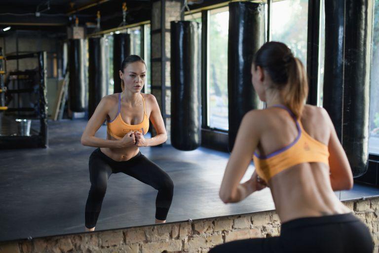 Πεντάλεπτη προπόνηση για υπέροχους γλουτούς και μηρούς | vita.gr