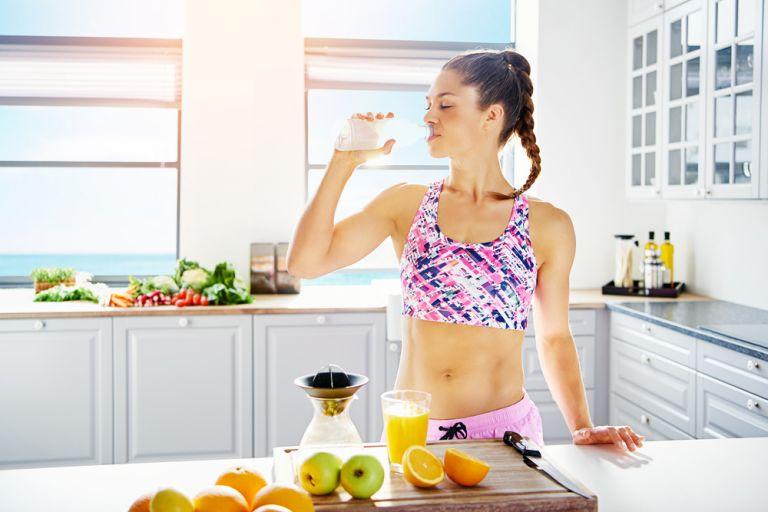 Γιατί πρέπει να αποφεύγετε τους χυμούς φρούτων | vita.gr