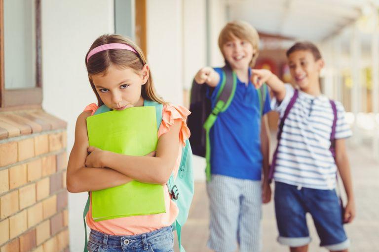 Οι ενδείξεις ότι το παιδί είναι θύμα bullying | vita.gr