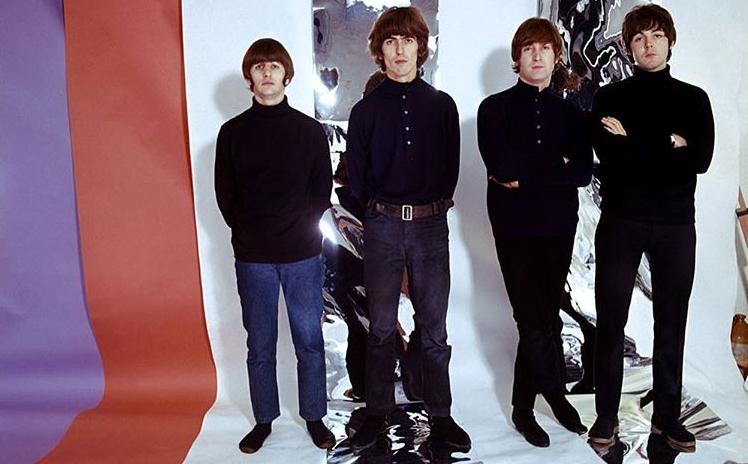 Στη δημοσιότητα σπάνιο βίντεο των θρυλικών Beatles | vita.gr