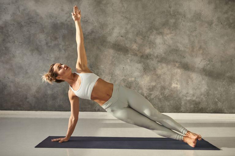 Το workout που θα σμιλέψει τη μέση σας | vita.gr