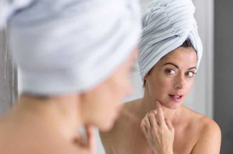 Φτιάξτε τη δική σας μάσκα προσώπου με αντιγηραντική δράση | vita.gr