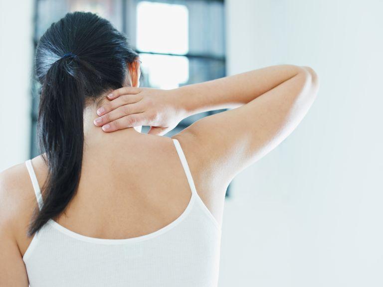 Ανακουφιστείτε από τον πόνο στον αυχένα σε 8′ | vita.gr