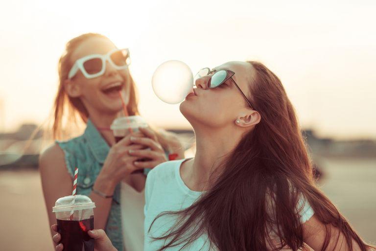 Τα 7 θέματα που απασχολούν σήμερα ένα έφηβο κορίτσι | vita.gr