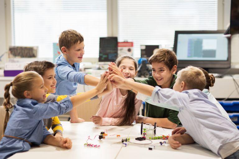 Πώς θα ενθαρρύνετε τη σχολική επιτυχία | vita.gr