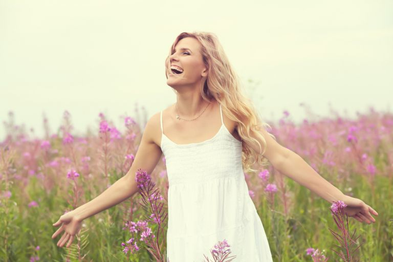 Τα 7 μυστικά των γυναικών που μεγαλώνουν με χάρη | vita.gr