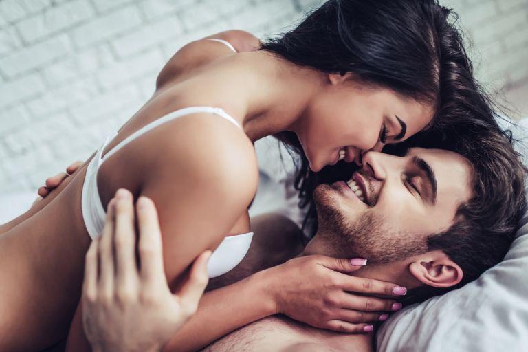 Τι προβληματίζει μία γυναίκα κατά τη διάρκεια του σεξ; | vita.gr