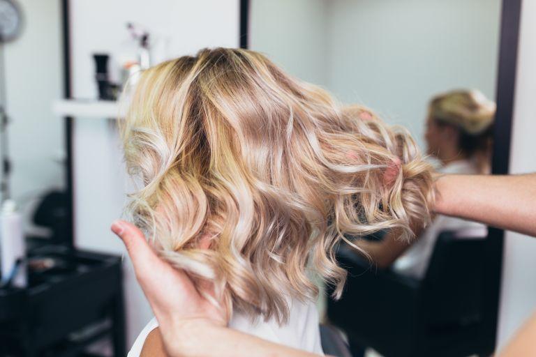 Συμβουλές περιποίησης μαλλιών για το τέλειο ξανθό | vita.gr