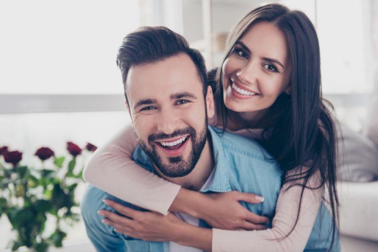 Το χαμόγελο όντως μας κάνει πιο χαρούμενους | vita.gr