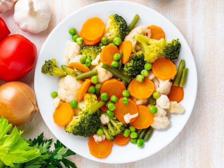 Βραστά λαχανικά με ζωντανό χρώμα | vita.gr