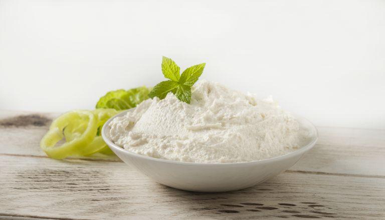 Εύκολη συνταγή για τυροσαλάτα | vita.gr