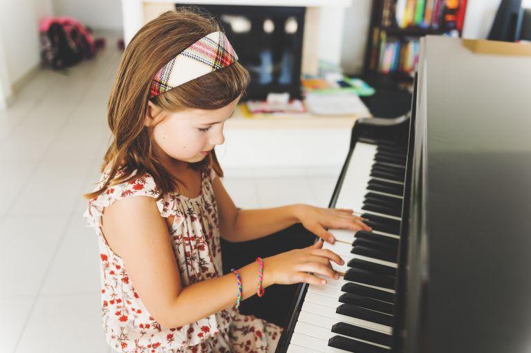 Μουσικά όργανα: Το καλύτερο εργαλείο μάθησης για τα παιδιά | vita.gr