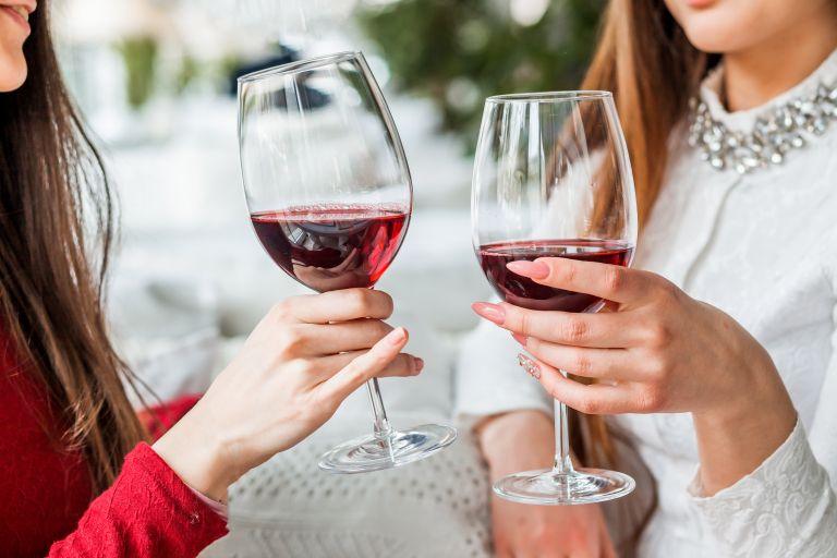 Τελικά πόσο να πίνουμε; | vita.gr