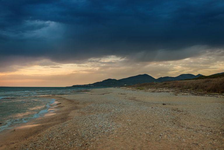Ο Αντίνοος συνεχίζει να χτυπά με βροχές και καταιγίδες | vita.gr