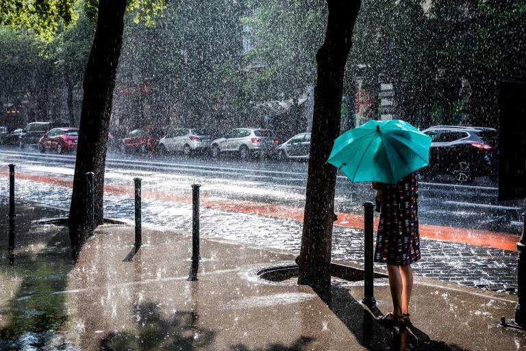 Αλλάζει ο καιρός – Πτώση της θερμοκρασίες, βροχές και καταιγίδες | vita.gr