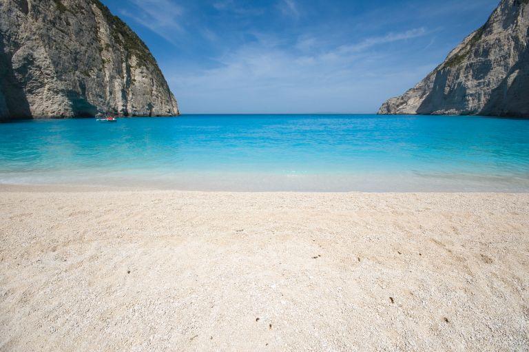 Καιρός: Ξανά σε άνοδο η θερμοκρασία με μελτέμια στο Αιγαίο | vita.gr