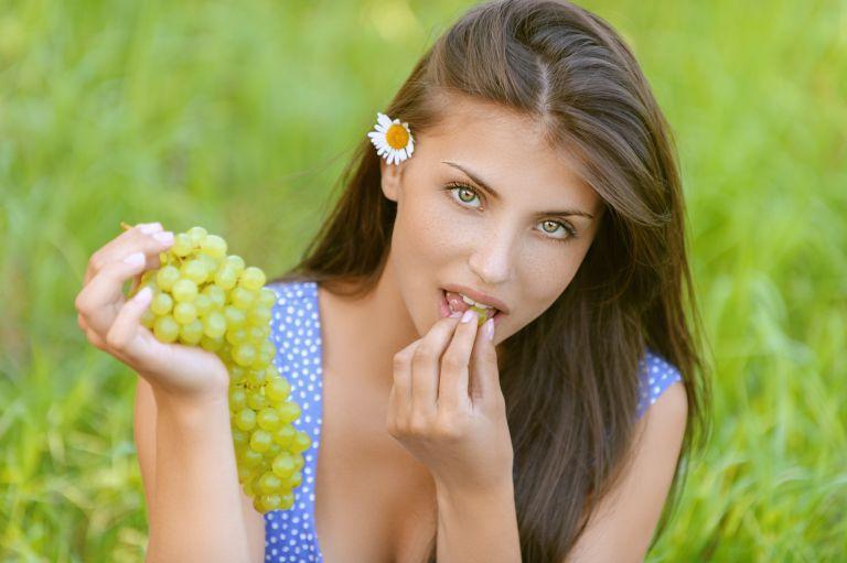 Τέσσερα φρούτα για να πάρετε βάρος με υγιεινό τρόπο | vita.gr