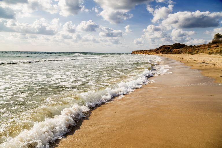 Καιρός: Στους 40 βαθμούς ο υδράργυρος και ισχυροί άνεμοι | vita.gr