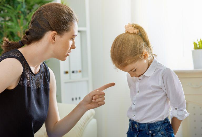 Μήπως δεν πρέπει να είστε τόσο αυστηροί με το παιδί; | vita.gr