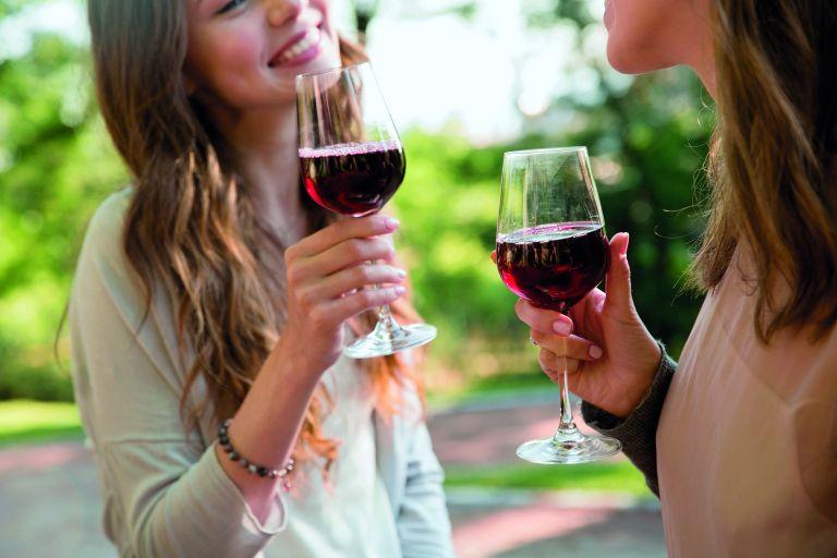 Μήπως πίνετε περισσότερο από όσο νομίζετε; | vita.gr