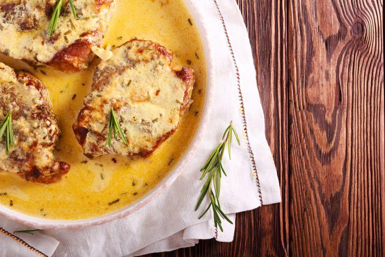 Ζουμερό χοιρινό με σάλτσα μουστάρδας | vita.gr