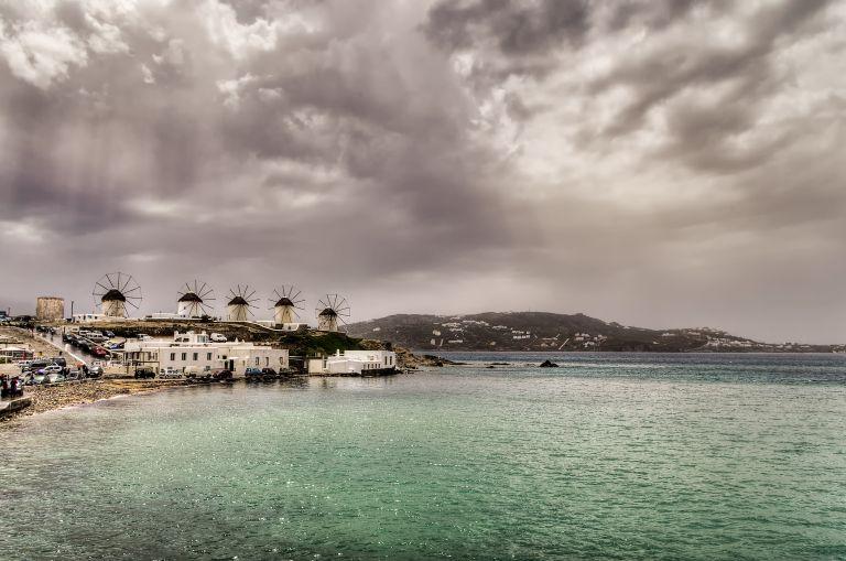 Καιρός: Φθινόπωρο με βροχές και καταιγίδες | vita.gr