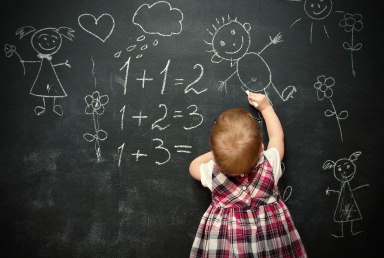 Αϊνστάιν με πάνες: Ασκήσεις που ακονίζουν το μυαλό των μωρών | vita.gr