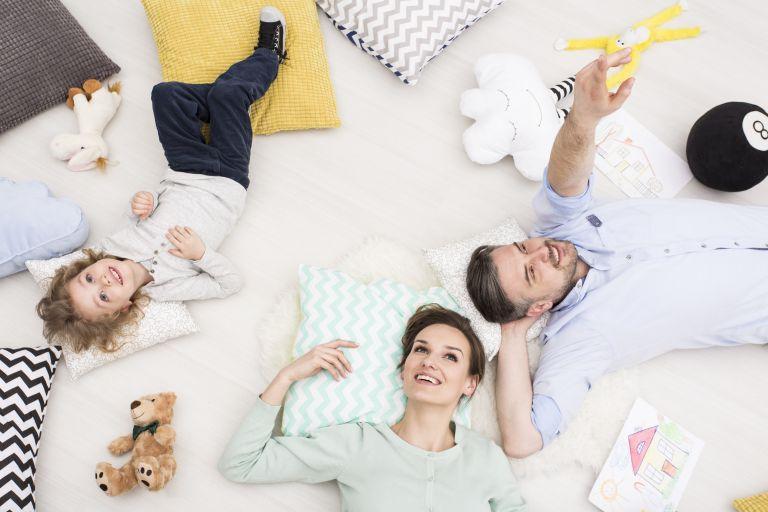 Μοναχοπαίδια: Διαφέρει σε κάτι ο χαρακτήρας τους σε σχέση με τα άλλα παιδιά; | vita.gr