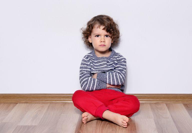Τι πρέπει να κάνετε όταν το παιδί σας λέει: «Σε μισώ» | vita.gr