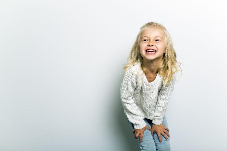 Aυτό είναι το μυστικό για να είναι τα παιδιά σας ευτυχισμένα μεγαλώνοντας | vita.gr